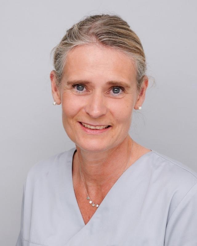 Frau M. Schlutt